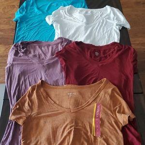 Lot of 5 t-shirts- size small- Merona & Mossimo